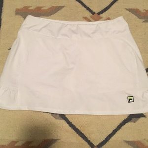 FILA tennis skort with back ruffles size med
